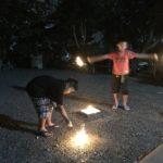 花火をする時に聞く曲はやはりジッタリンジンの「夏祭り」がいい~寺族だけの地蔵盆~
